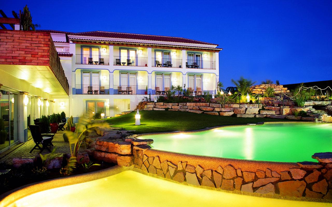 Villa Lagos Villa Night main