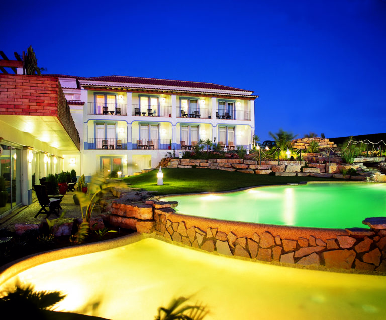 Villa Lagos Villa Night main