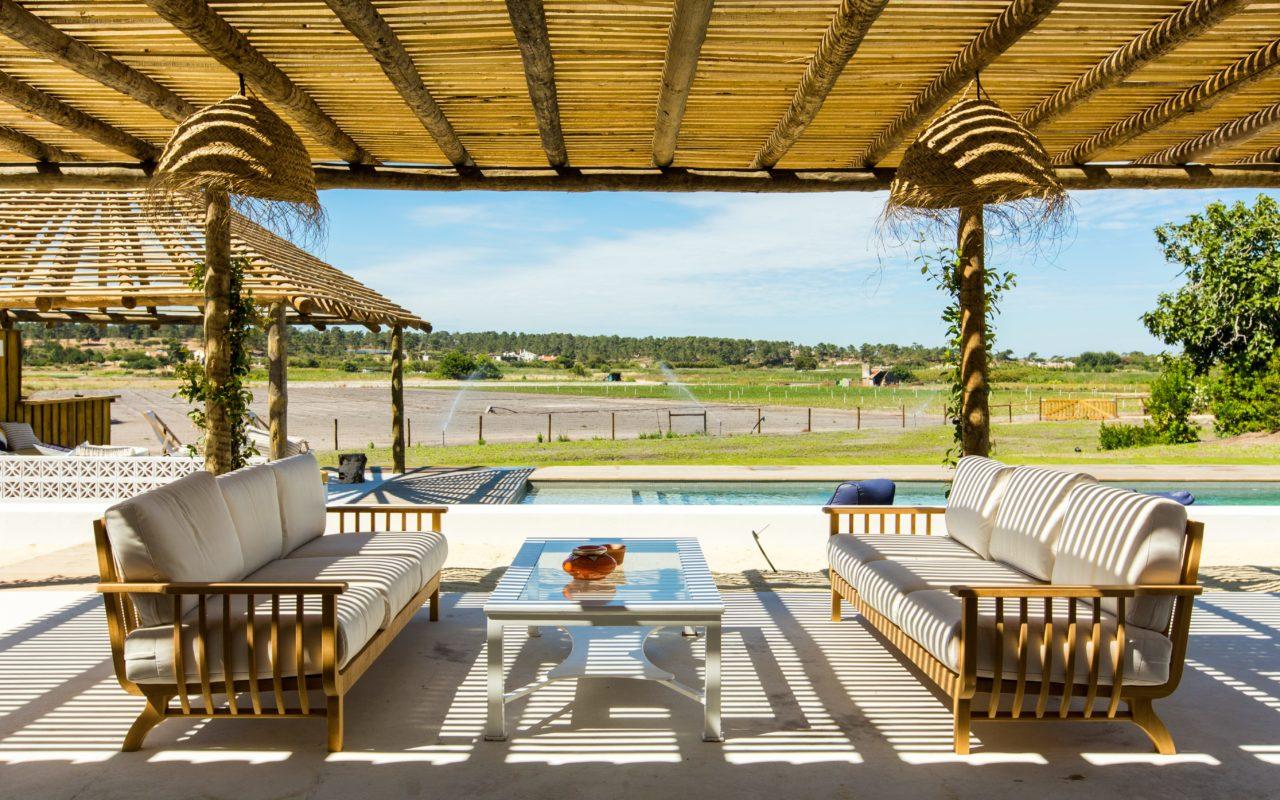 Lavandula Covered Terrace